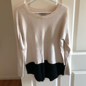 Bass long sleeve sweater, cream/black, size medium